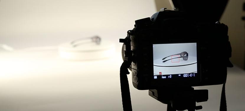 Cara Foto Produk Tanpa Flash