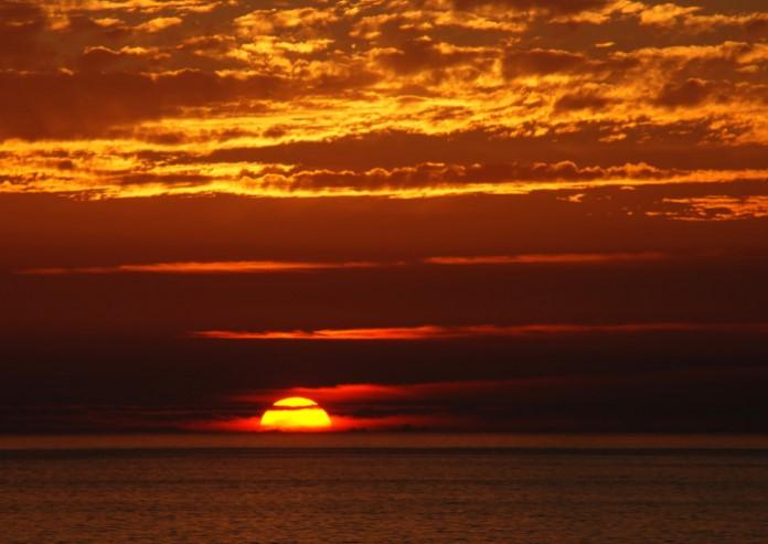 Tips Memotret Sunset Dan Sunrise