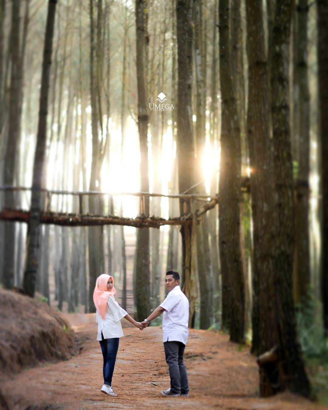 Cara Memotret Foto Prewedding Outdoor