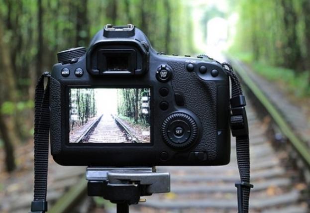 Cara Menghemat Konsumsi Baterai Kamera Digital