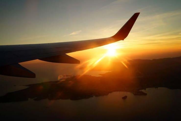 Tips Foto Dari Jendela Pesawat