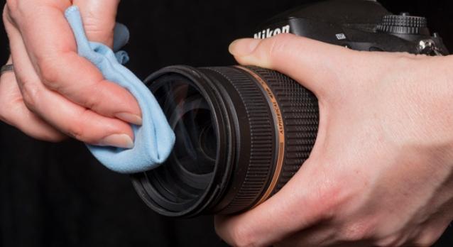Cara Membersihkan Kamera DSLR